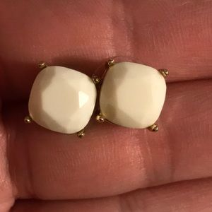 Large Solitaire Studs Gold
